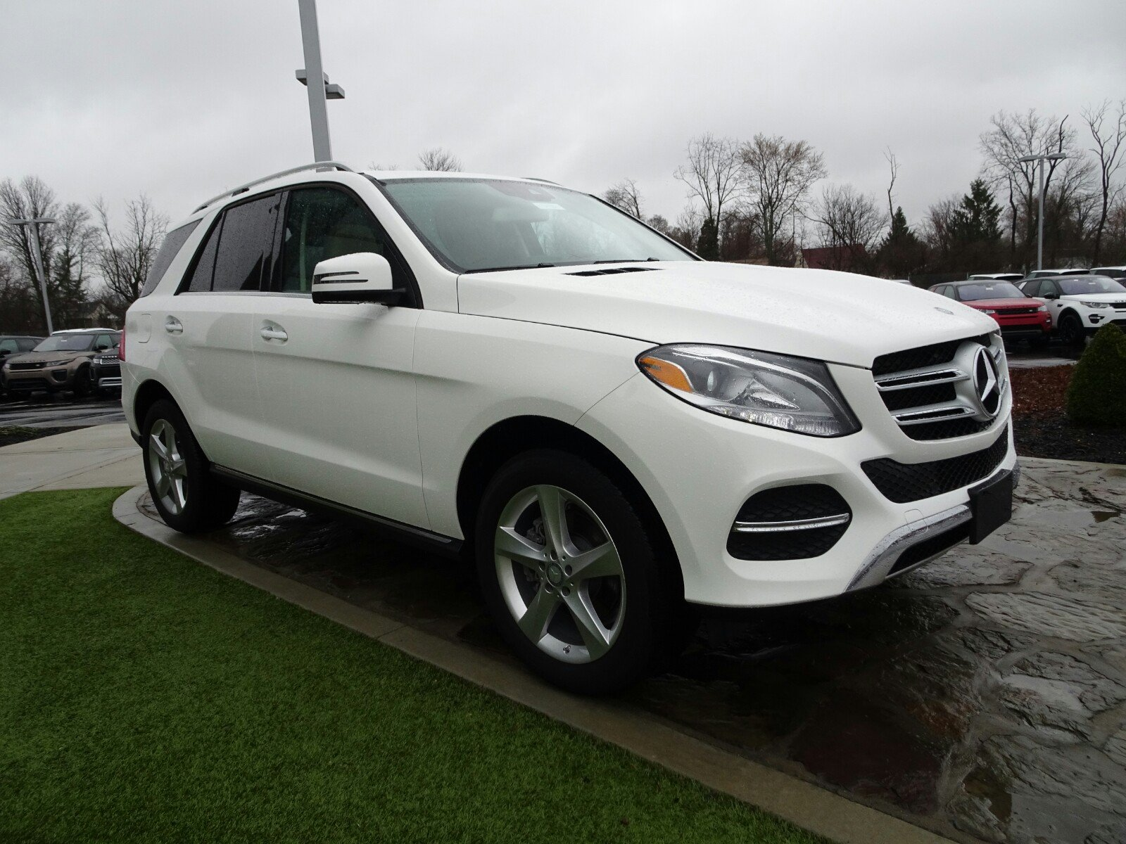 owned sport awd cincinnati in mercedes utility pre used inventory benz jaguar gle