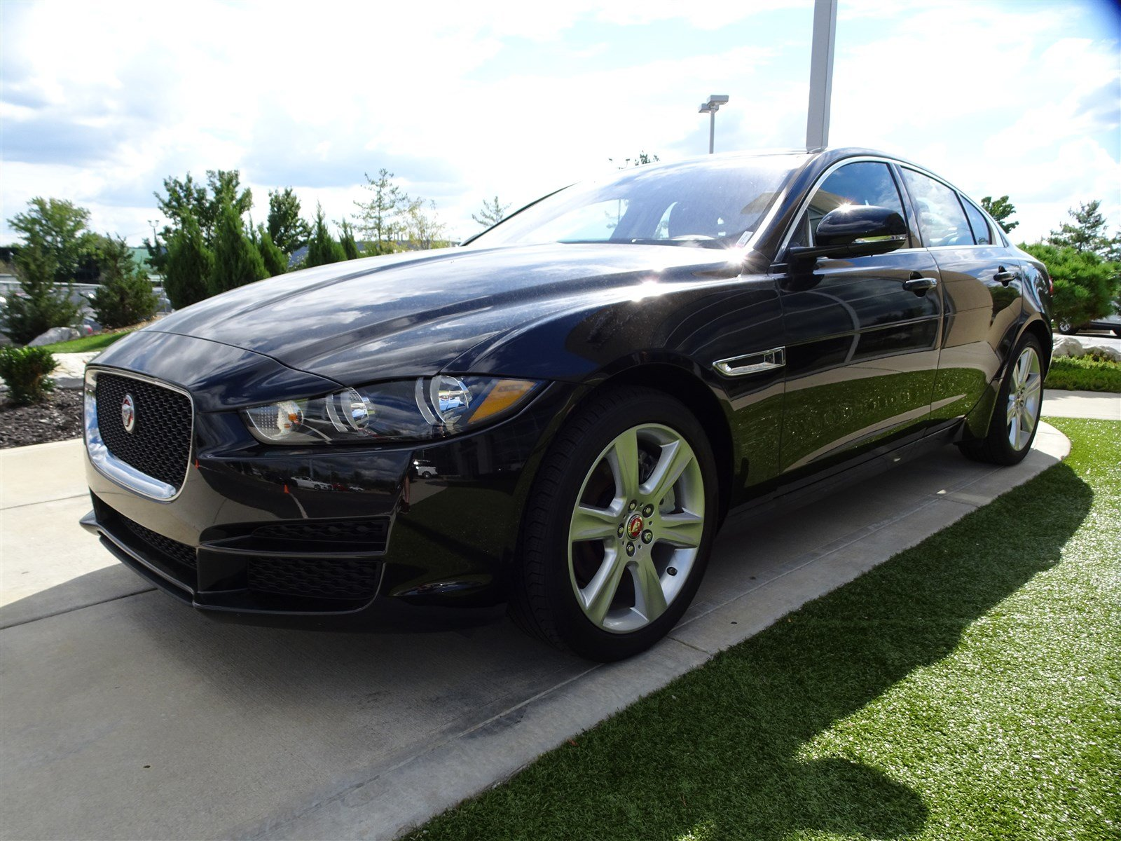Certified Pre-Owned 2018 Jaguar XE 20d Prestige