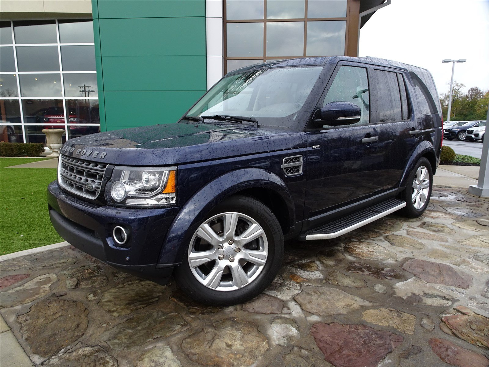 Certified Pre Owned 2016 Land Rover LR4 HSE 4 Door SUV in Cincinnati
