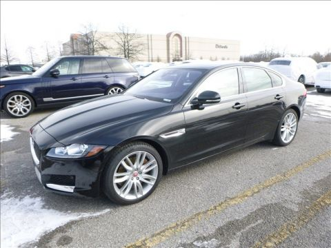 Certified Pre-Owned 2016 Jaguar XF 35t Prestige